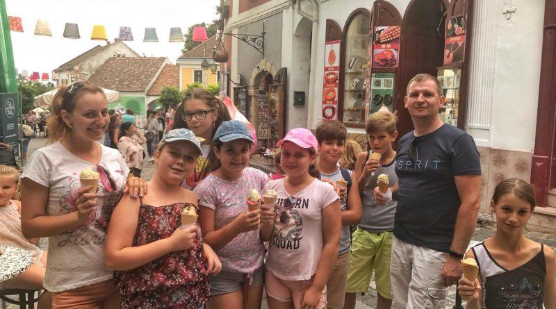 Kígyósi fiatalok Magyarországon